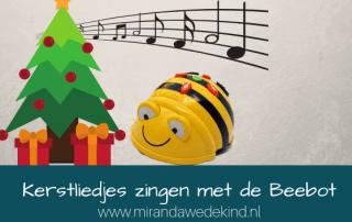 Kerstliedjes oefenen met QR codes én de Beebot